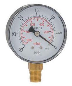 foto van manometer tbv vacuümpomp