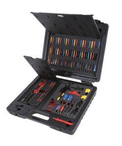 complete set van elektronische aansluitingen voor testen van auto's met diagnose testapparatuur